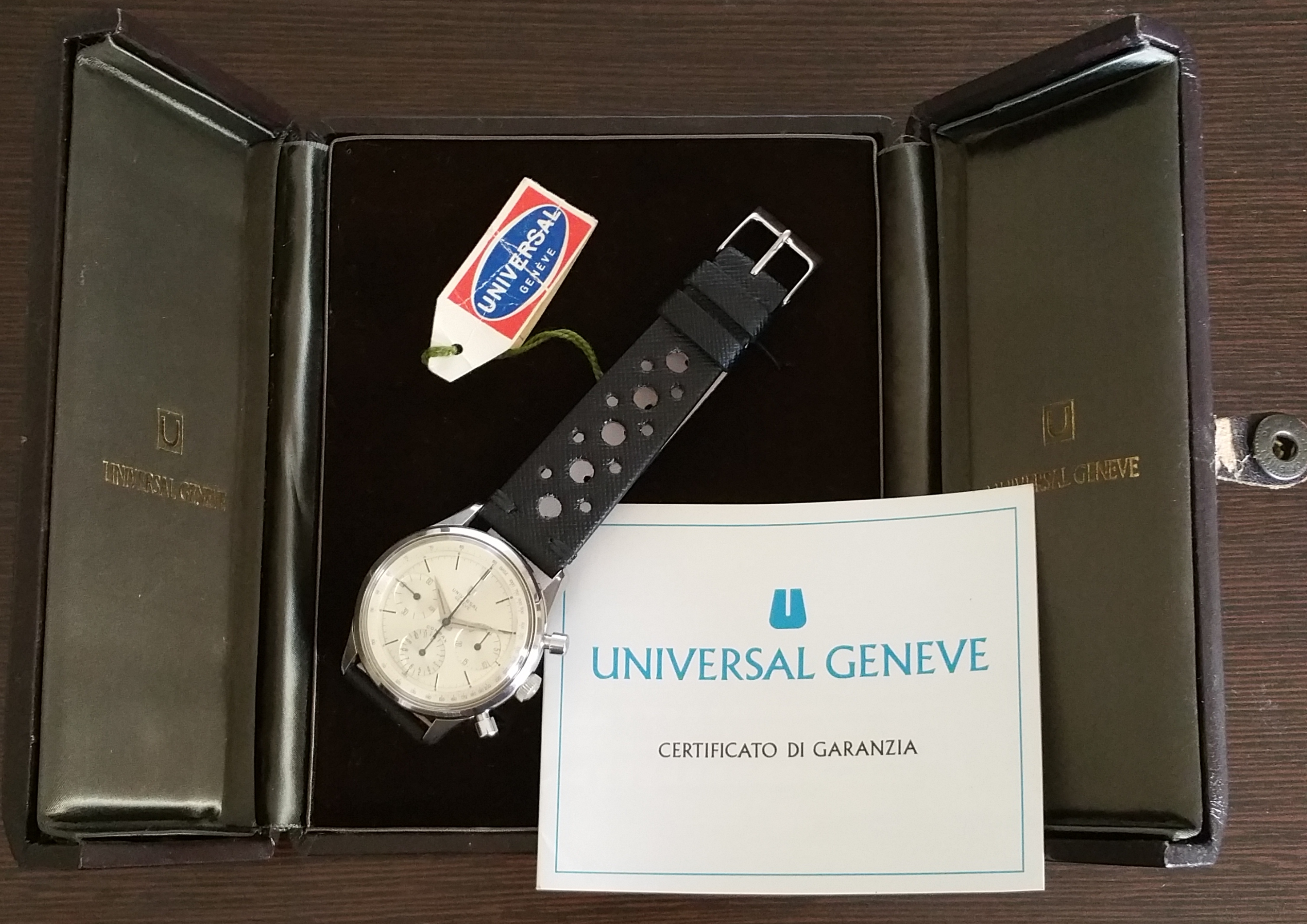 1963 Universal Genève Compax 22704/1 Oversize with Box and Papers