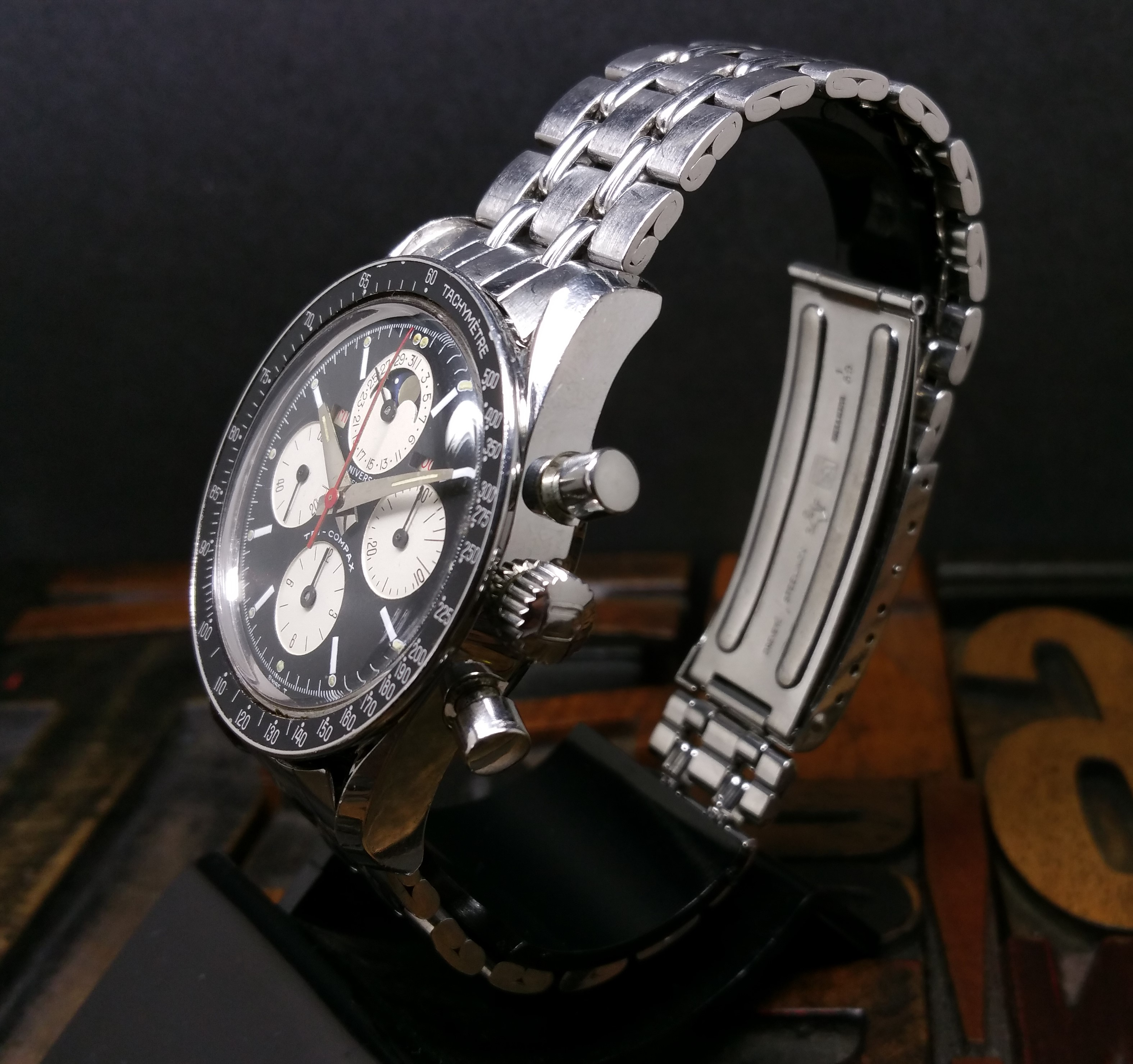 1969 Universal Genève Tri Compax 881101/02 'Evil Clapton' Dial with Box and Papers